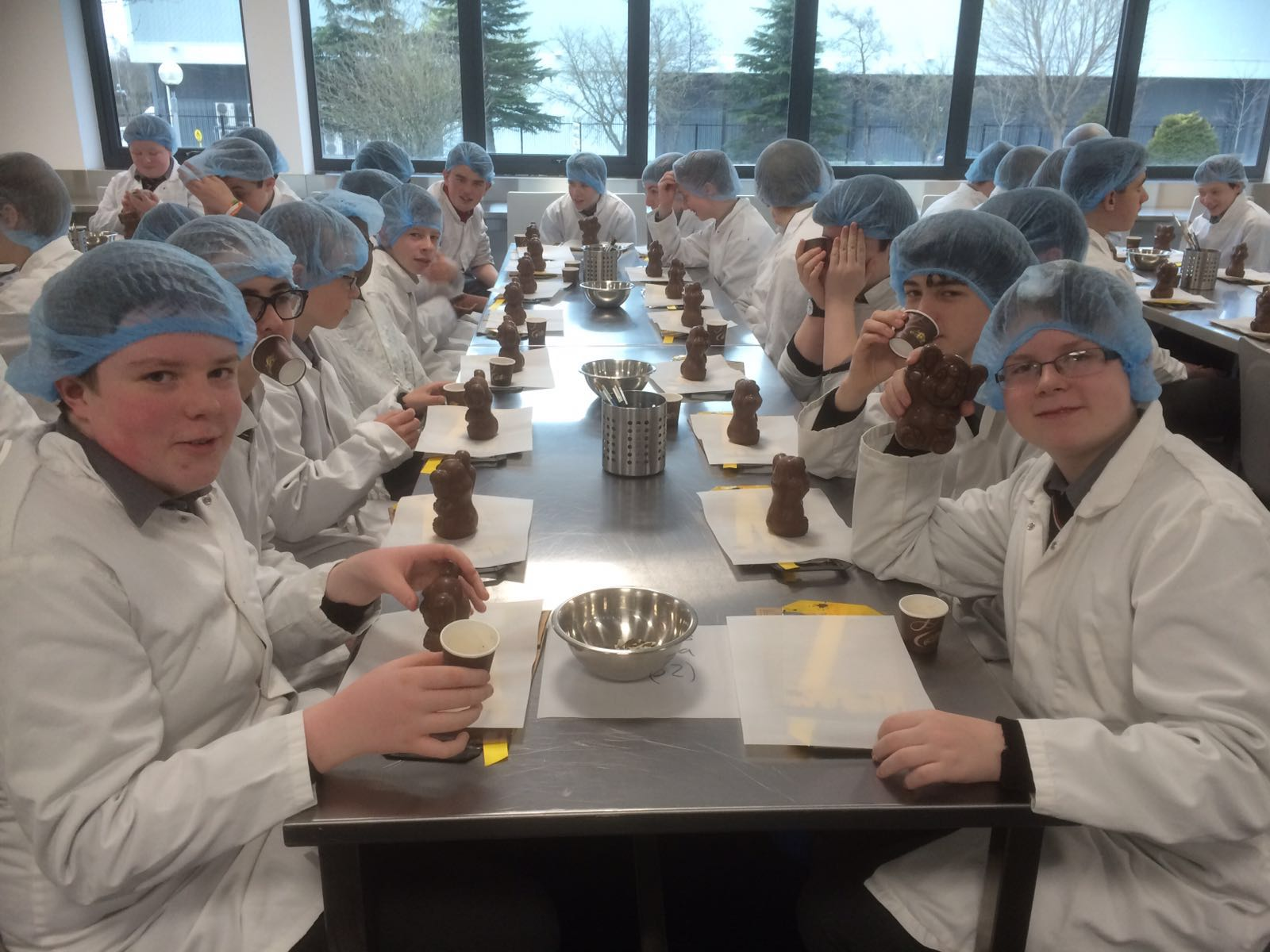 a visit to a chocolate factory Find answers to questions about our factory tours: when they begin, how long they run, where to check in, and what to expect (besides free chocolate.